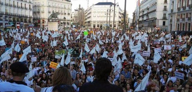Miles de personas se concentraron el 12 de septiembre en Madrid para pedir la abolición del Toro de la Vega / Foto: PACMA