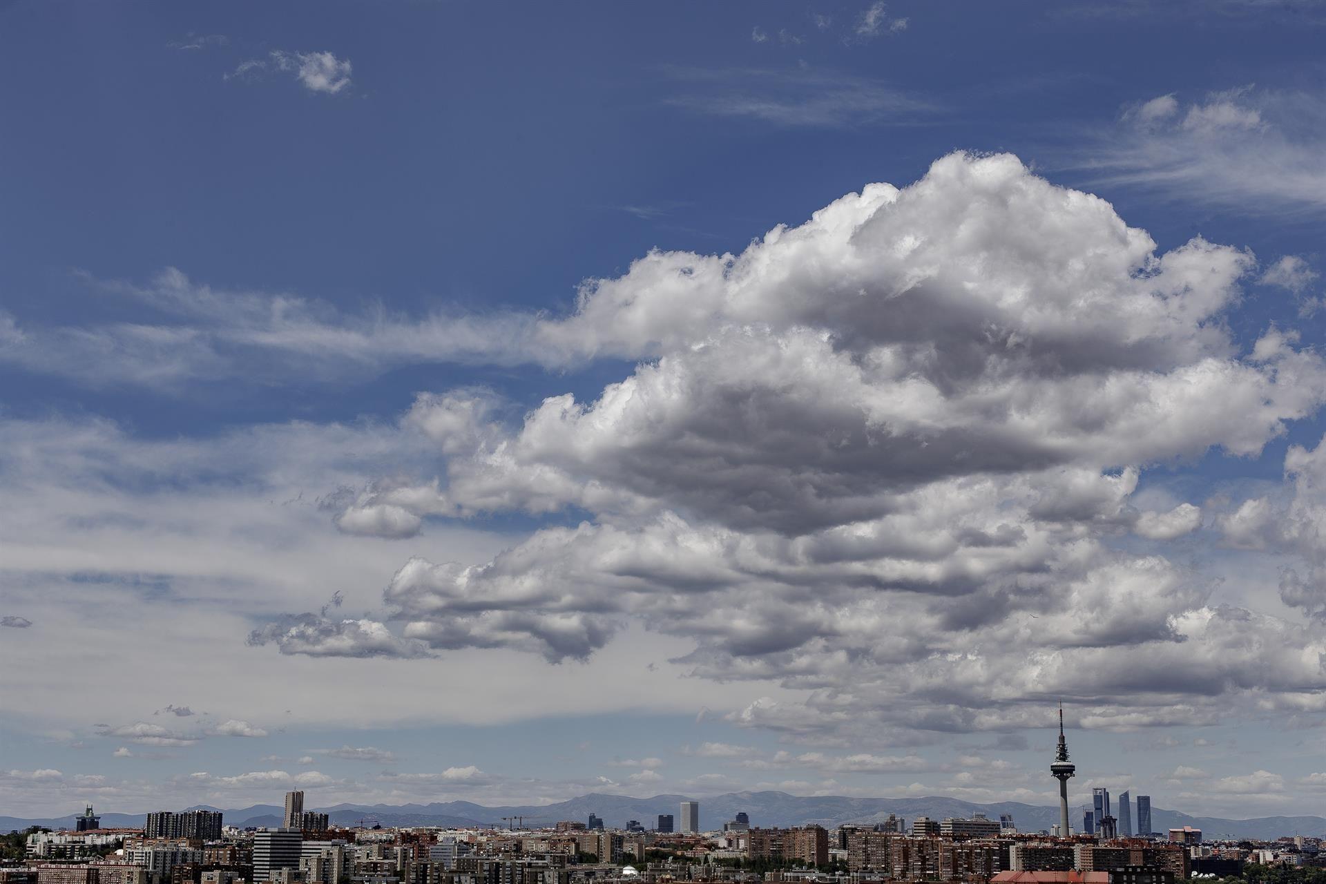 Vista de Madrid, con Torrespaña y las Cuatro Torres al fondo / Foto: EP